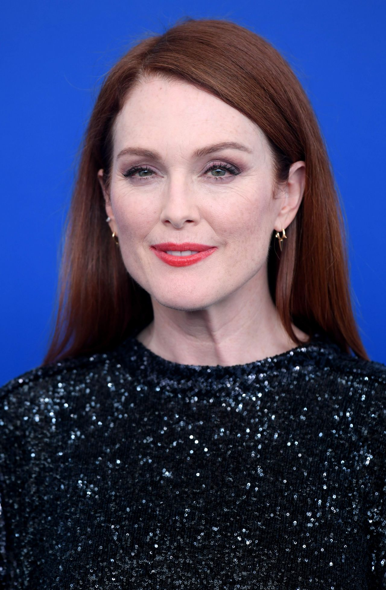 """Julianne Moore - """"Suburbican"""" Photocall at the Venice Film ..."""