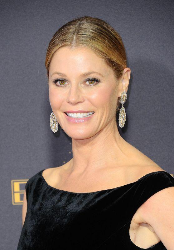 Julie Bowen – Emmy Awards in Los Angeles 09/17/2017