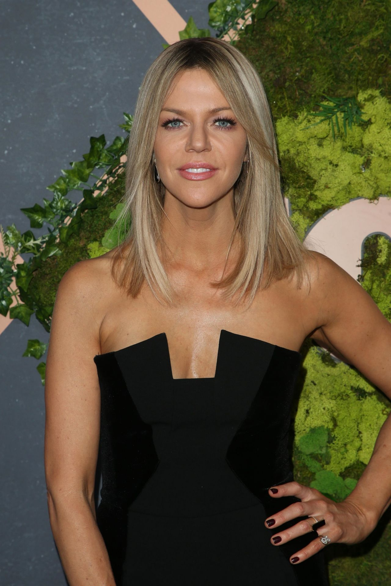 Topless Kaitlin Olson  naked (46 foto), YouTube, see through