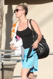 Kaley Cuoco - Leaving a Yoga Class in Studio City 09/25/2017