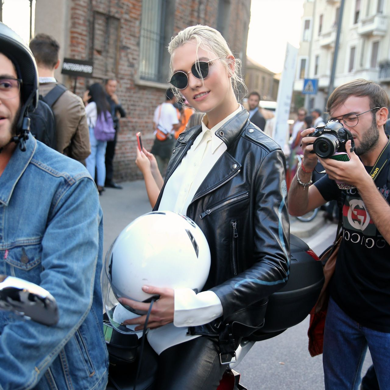 Karlie Kloss - Rides Off On a Motorcycle in Milan 09/20/2017