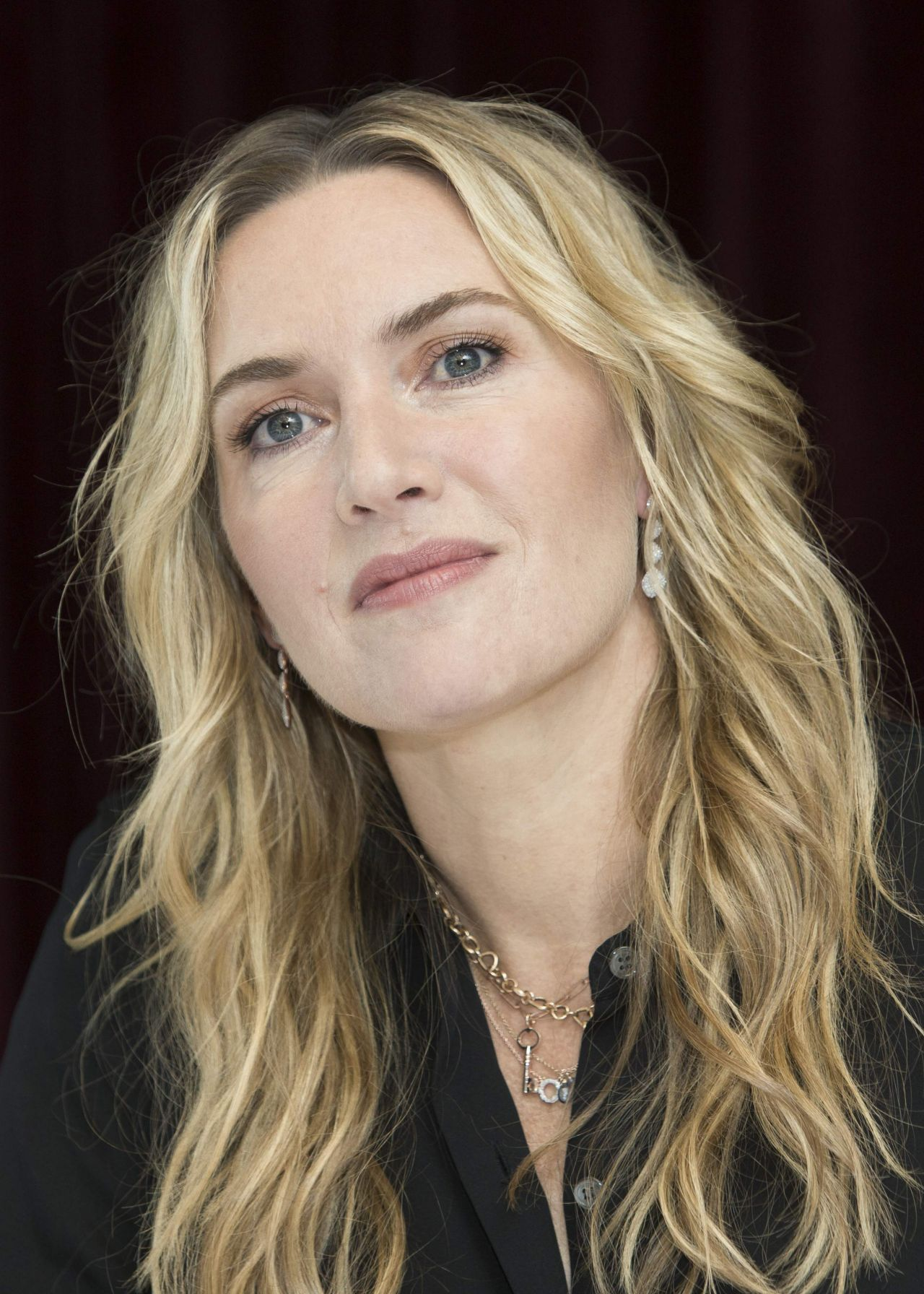 Kate Winslet U0026quot The Mountain Between Us U0026quot PhotoCall In
