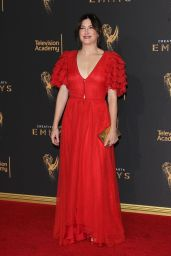 Kathryn Hahn – Creative Arts Emmy Awards in Los Angeles 09/10/2017