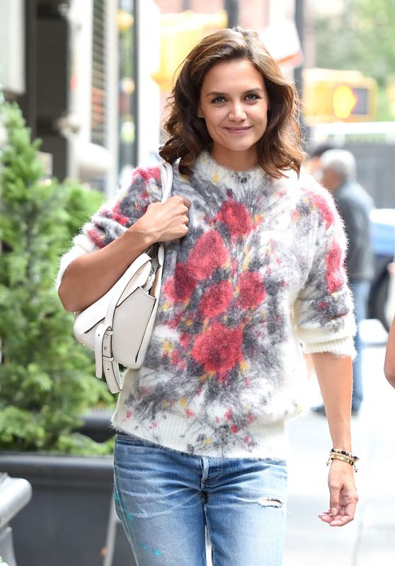 Katie Holmes - Out for a Walk in New York City 09/07/2017