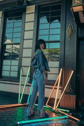 Kendall Jenner – Kendall+Kylie DropThree Collection 2017