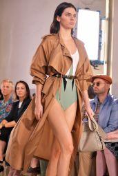 Kendall Jenner Walks Bottega Veneta Show in Milan, Italy 09/23/2017
