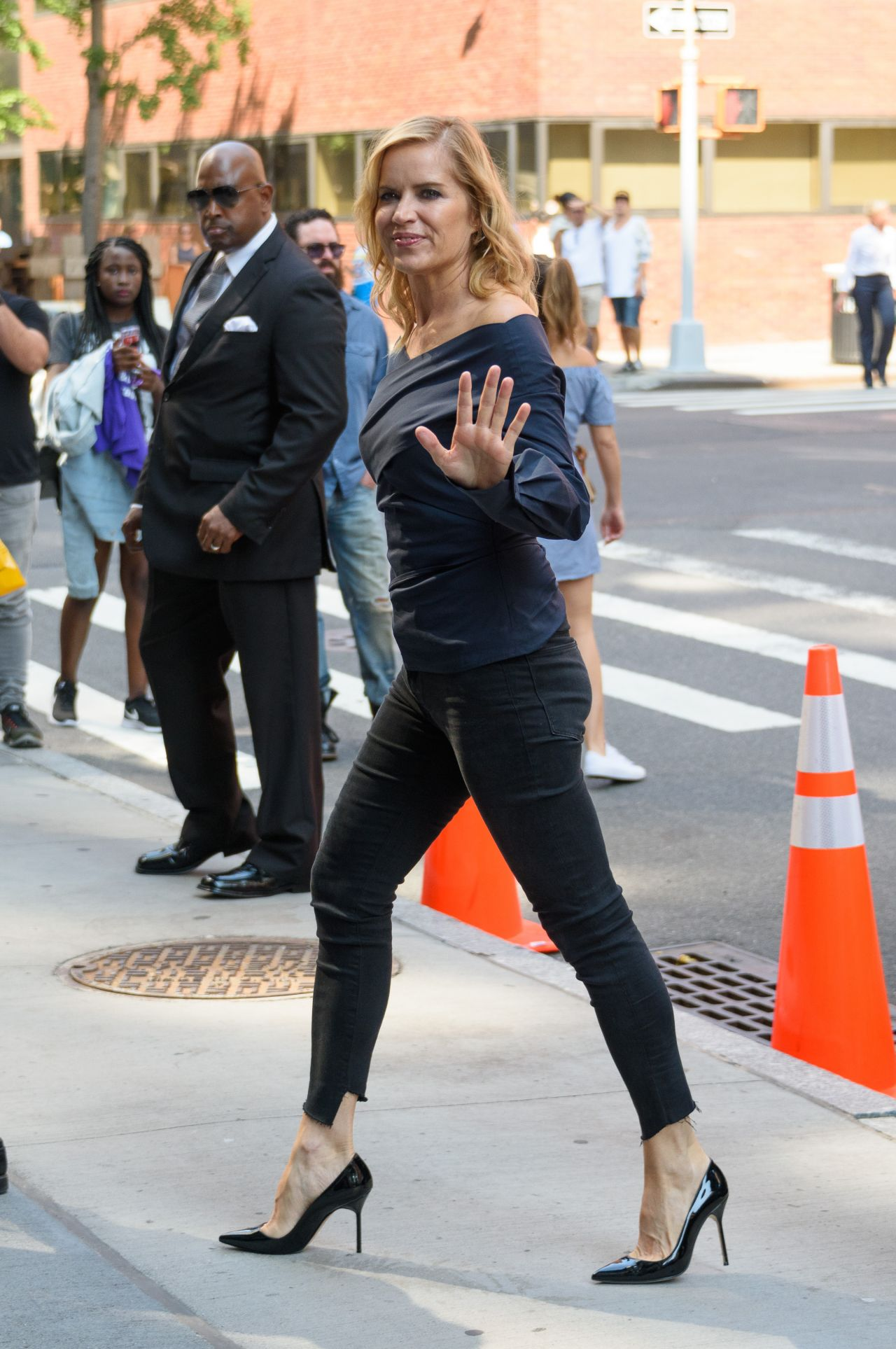 San Diego Mercedes >> Kim Dickens Style - Out in NYC 09/05/2017