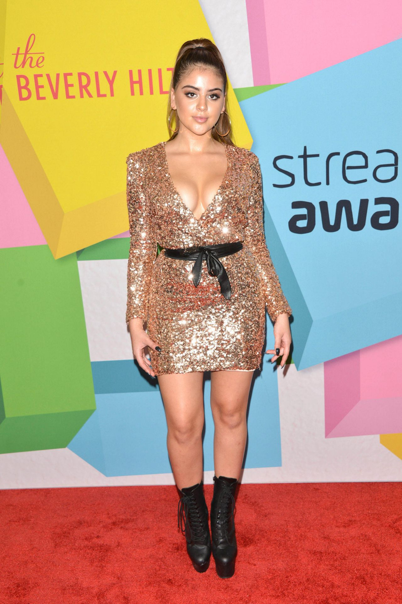 Natalie alzate 2019 streamy awards in beverly hills - 2019 year