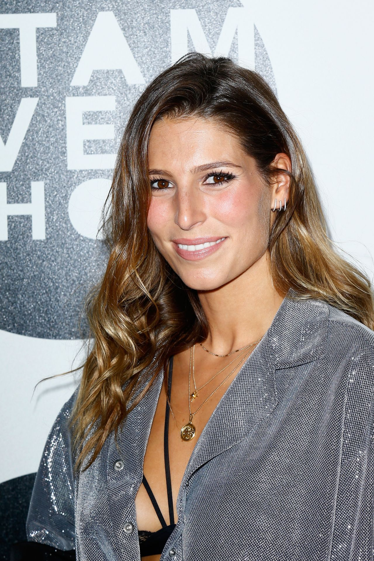 Celebrity Laury Thilleman naked (97 photos), Pussy, Is a cute, Twitter, braless 2017