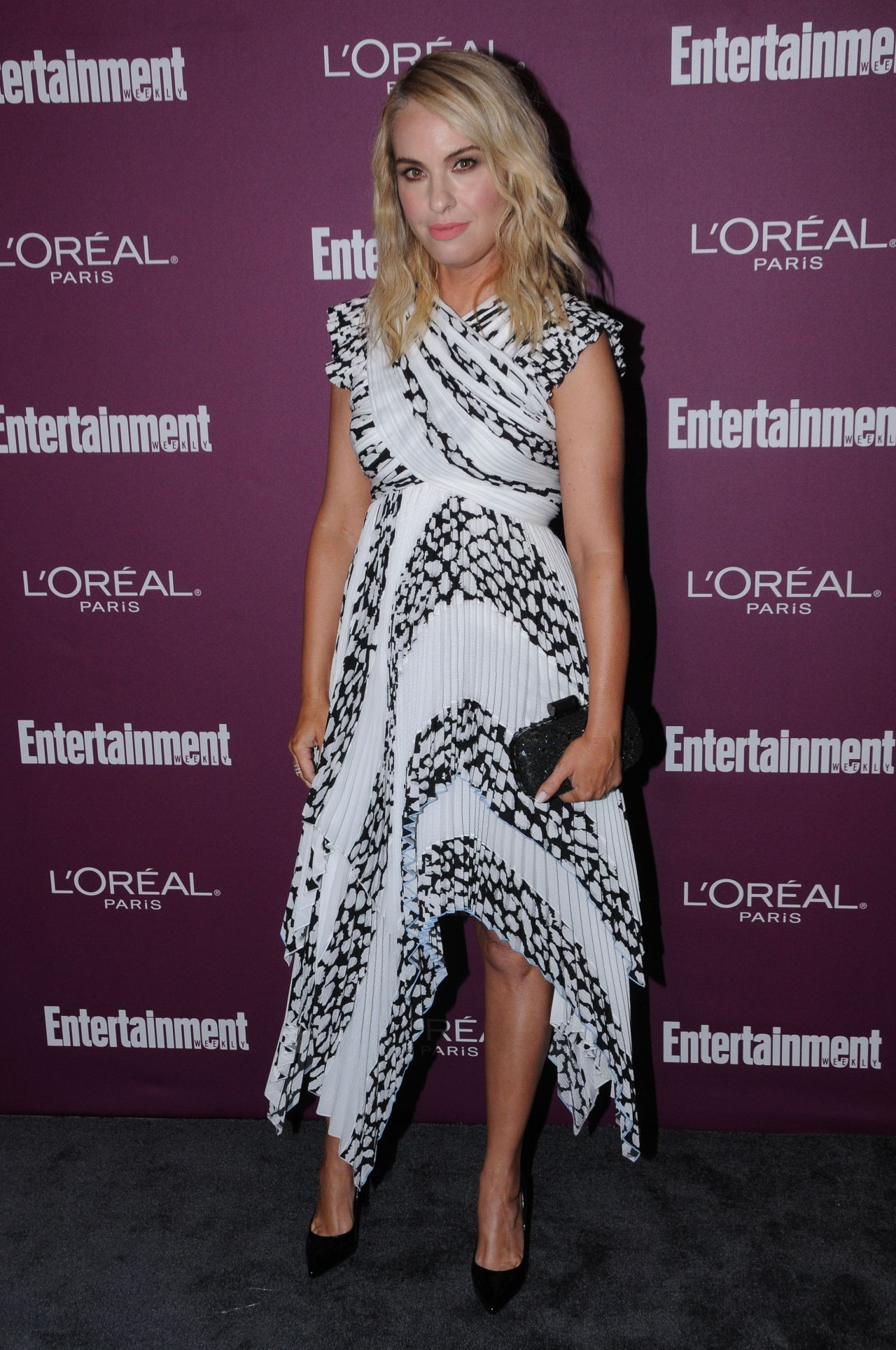 Leslie Grossman Ew Pre Emmy Party In West Hollywood 09