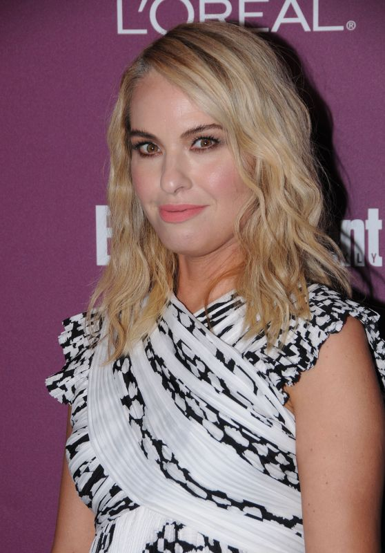 Leslie Grossman – EW Pre-Emmy Party in West Hollywood 09/15/2017