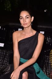 Lily Aldridge - Carolina Herrera Show in NYC 09/11/2017