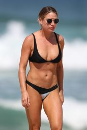 Lisa Clark in Bikini - Sydney Beach 09/21/2017