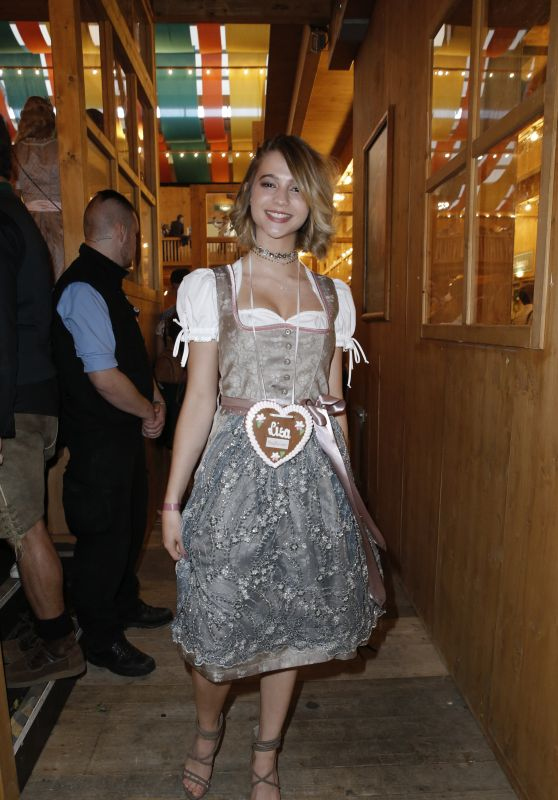 Lisa-Marie Koroll - MADLWIESN at Oktoberfest in Munich, Germany 09/21/2017
