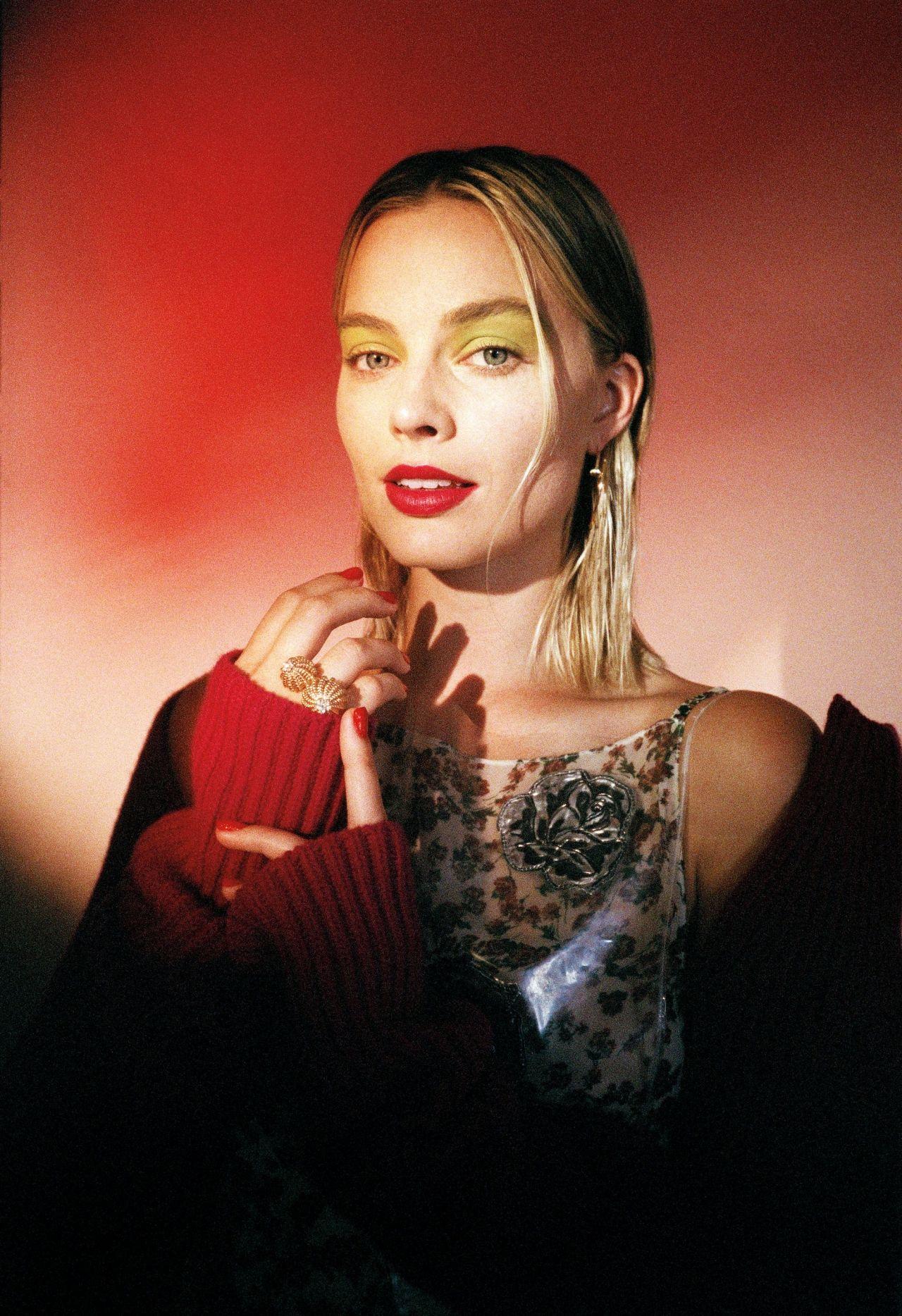 Forum on this topic: Zoi Gorman Tits, margot-robbie-deadline-portrait-studio-at-tiff/