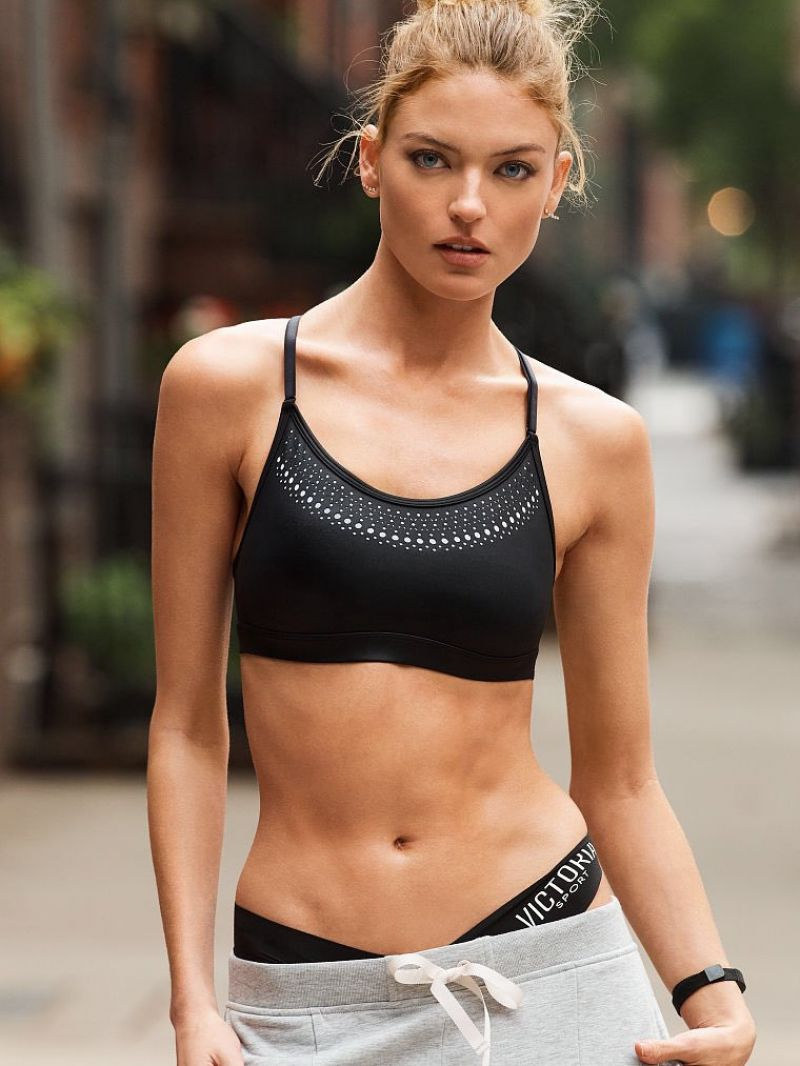 Martha Hunt Victoria S Secret Photoshoots 2017