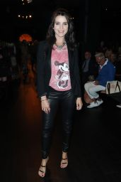 Michele Hicks - Anna Sui Fashion Show in New York 09/11/2017