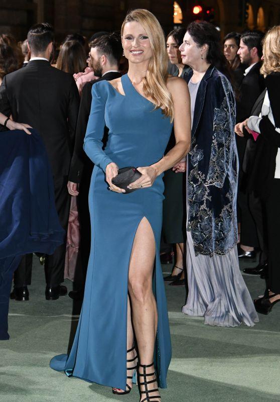 Michelle Hunziker - Green Carpet Fashion Awards, Italia 2017