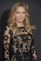 Michelle Pfeiffer – Emmy Awards in Los Angeles 09/17/2017