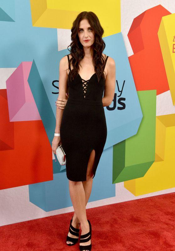 Michelle Vezilj – 2017 Streamy Awards in Beverly Hills 09/26/2017