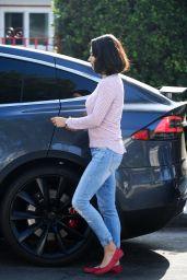 Mila Kunis Casual Style - LA 09/20/2017