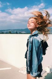 Nadia Turner – Social Media Pics, September 2017