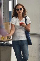 Natalie Portman - M Cafe in Beverly Hills 09/25/2017