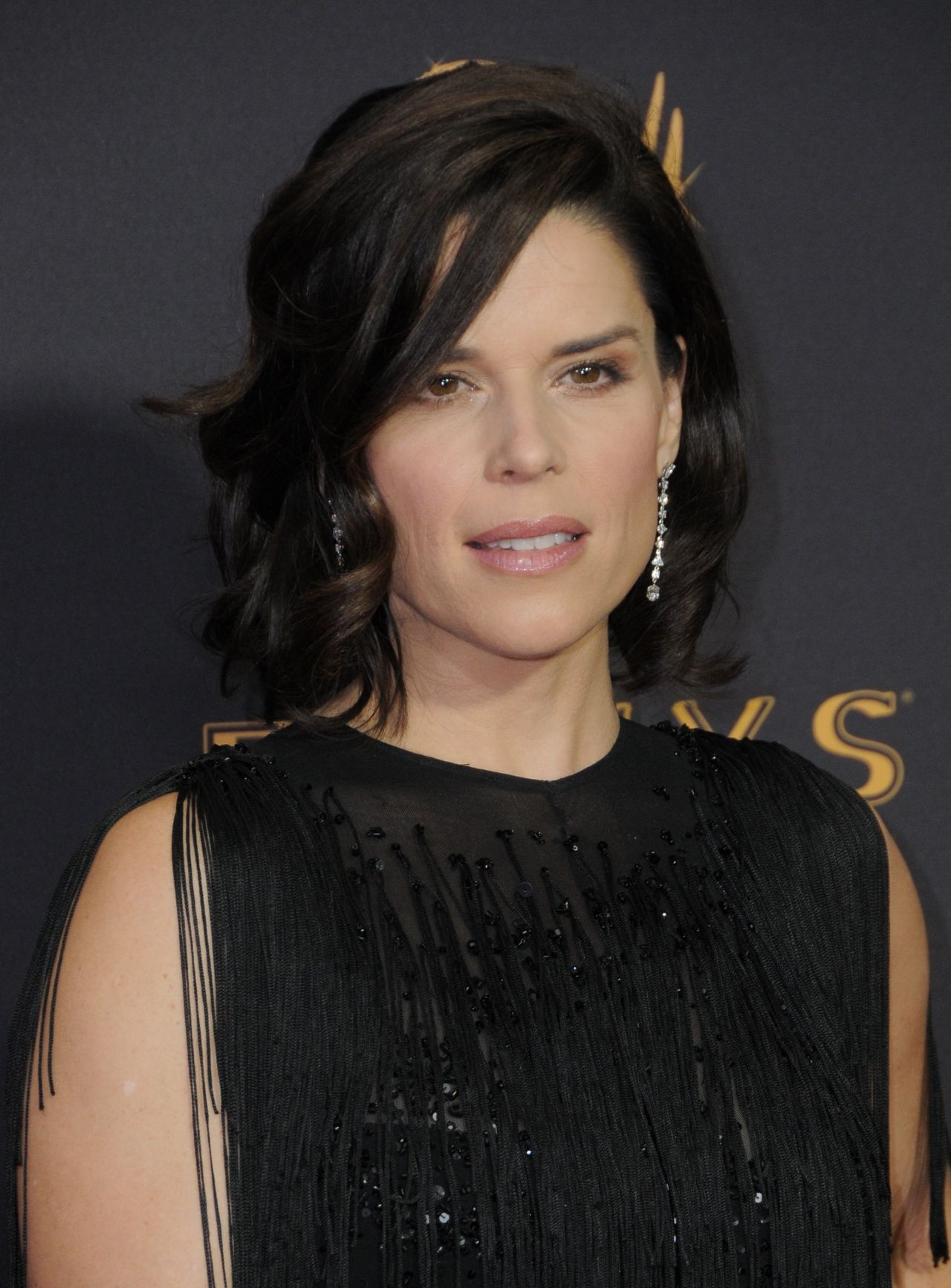 Neve Campbell – Emmy Awards in Los Angeles 09/17/2017