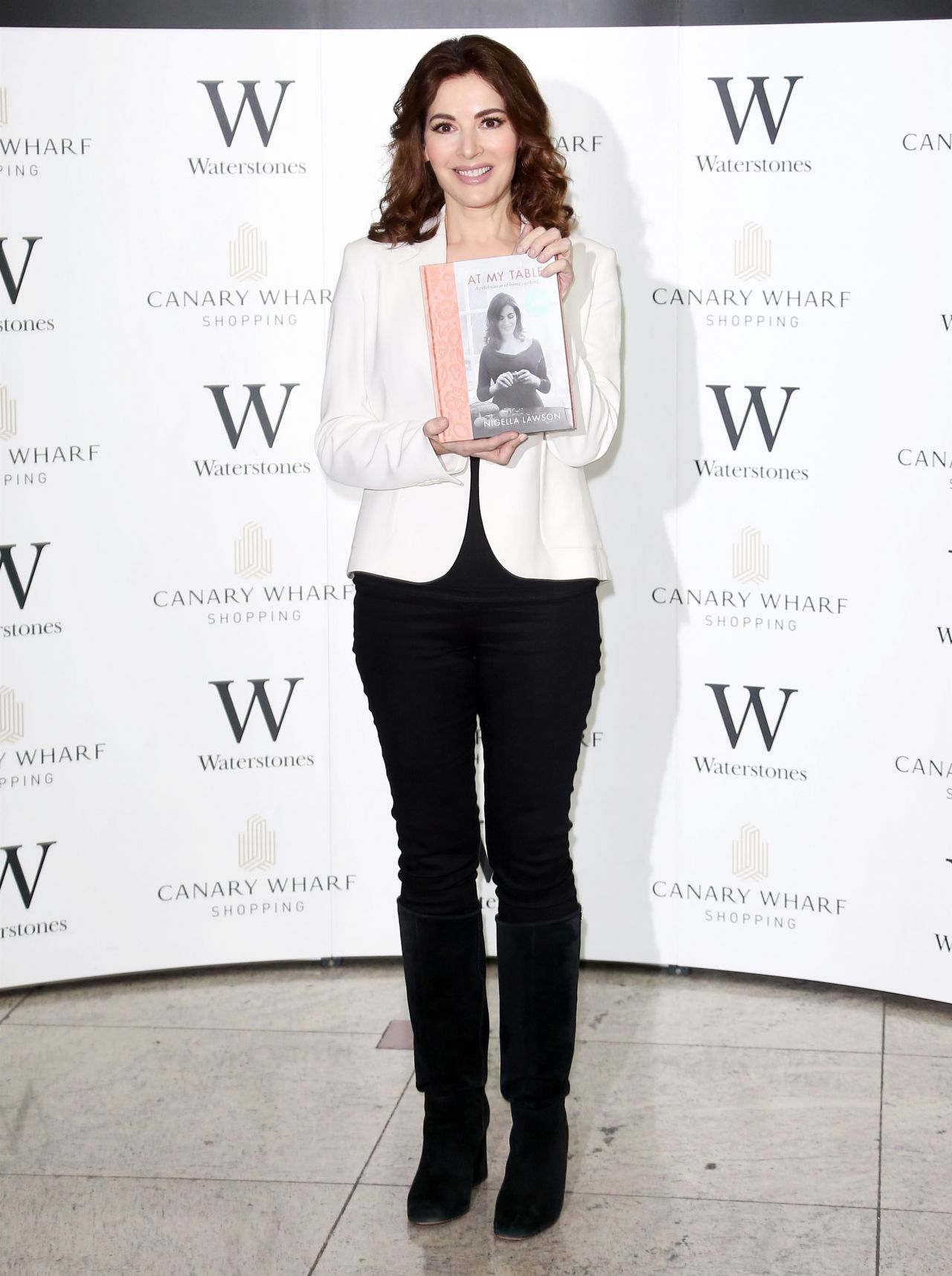 nigella lawson at my table book signing in london 09