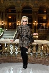 Pamela Anderson – Balmain Fashion Show in Paris 09/28/2017