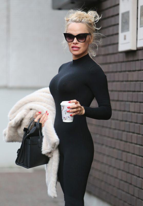Pamela Anderson - Outside ITV Studios in London 09/20/2017