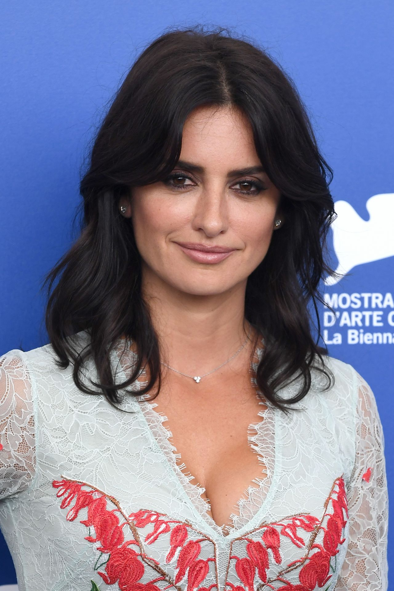 "Penelope Cruz - ""Loving Pablo"" Photocall at the Venice Film Festival 09/06/2017"