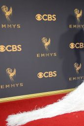 Priyanka Chopra – Emmy Awards in Los Angeles 09/17/2017