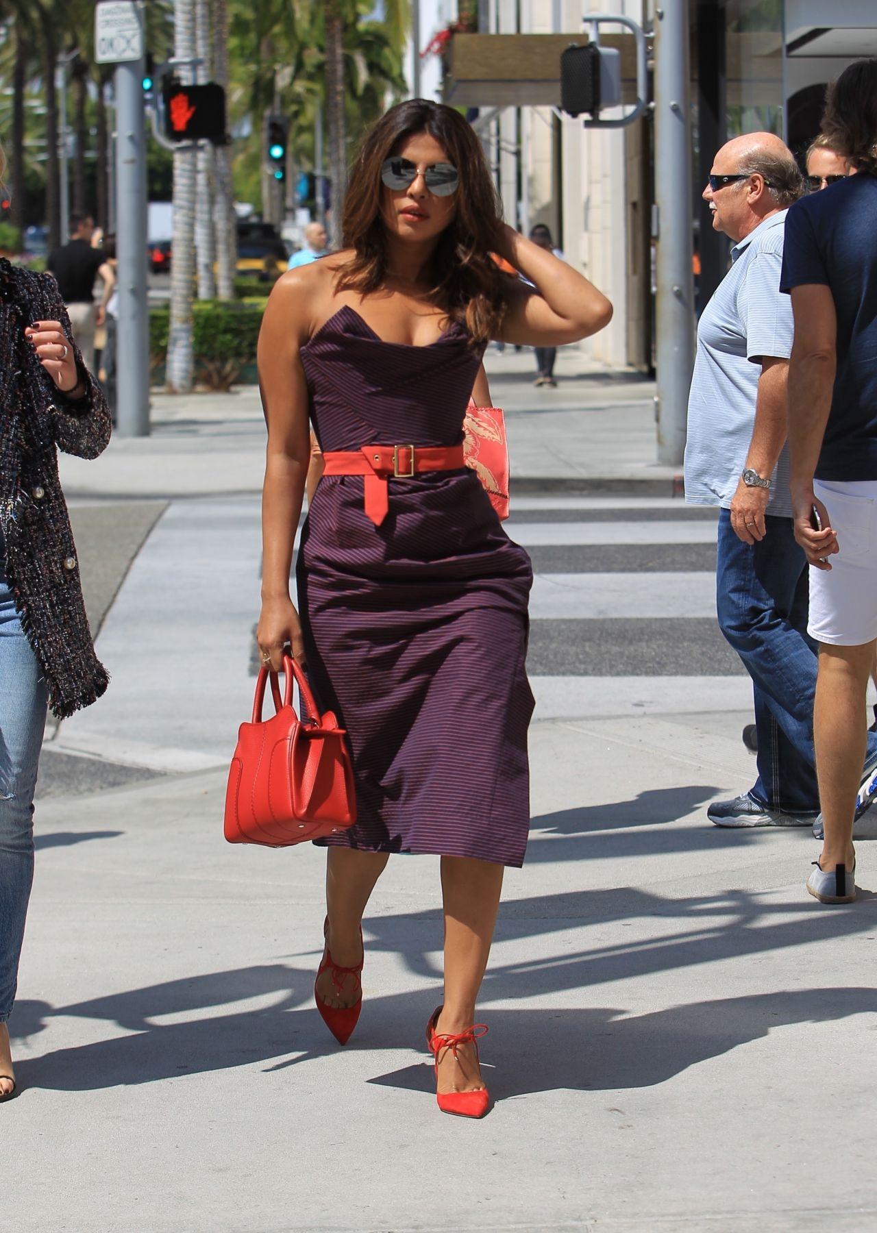 Priyanka Chopra Style And Fashion Inspirations Shopping