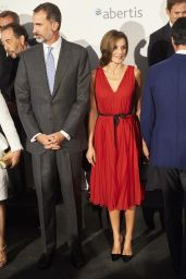 Queen Letizia of Spain at the Teatro Real in Madrid 09/21/2017