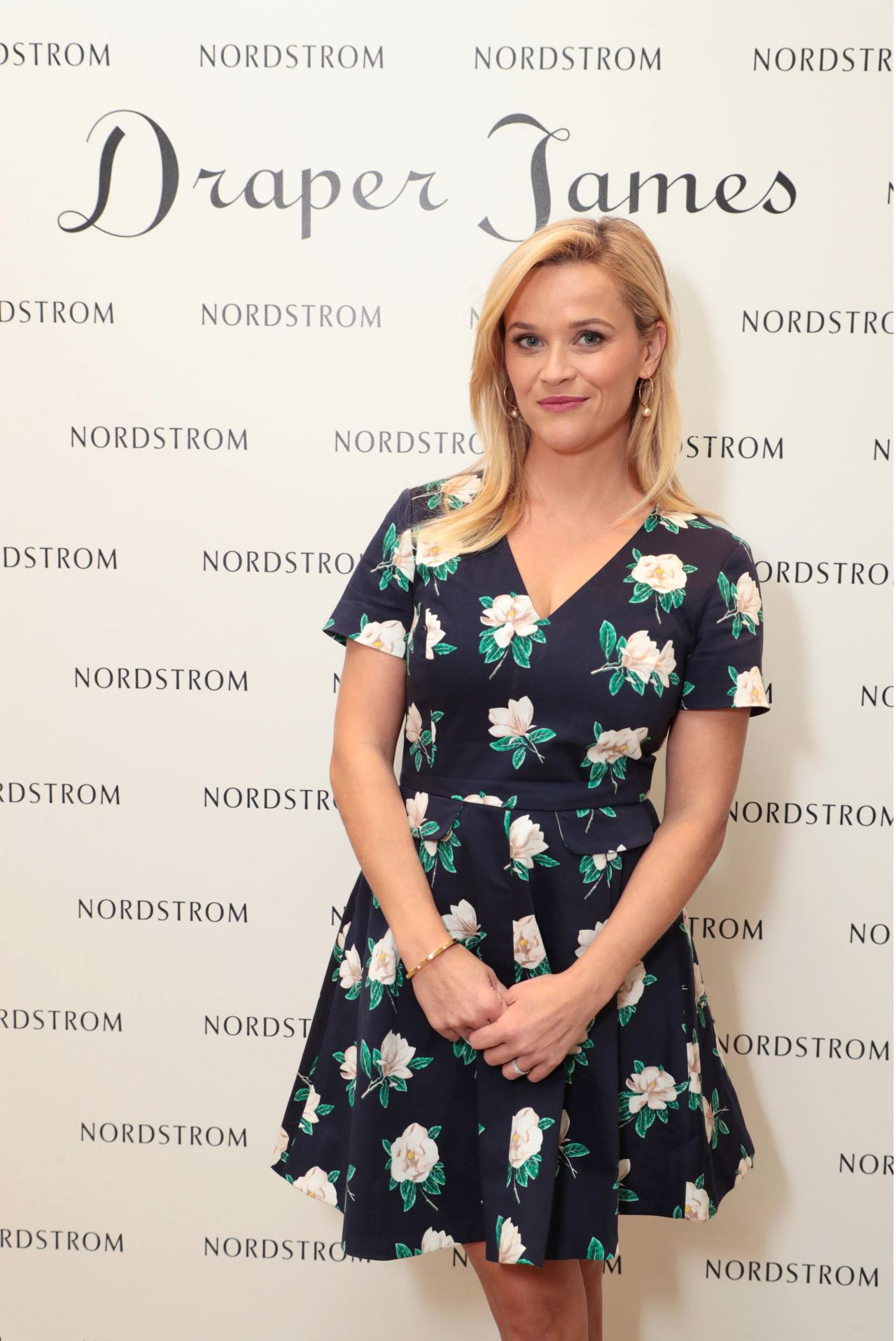 Reese Witherspoon - Draper James Fall Collection in Costa Mesa 09/27/2017