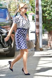 Reese Witherspoon - Out in Brentwood 09/25/2017