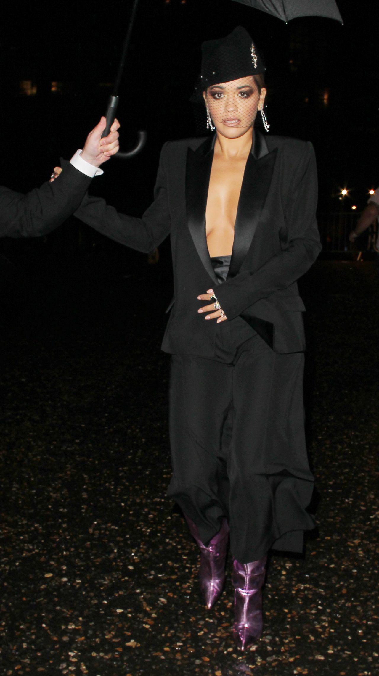 Rita Ora - Arriving At The Tate Morden For GQ Awards in London 09/05/2017