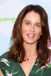 Robin Tunney – 2017 Red Carpet Safety Awareness Event in LA