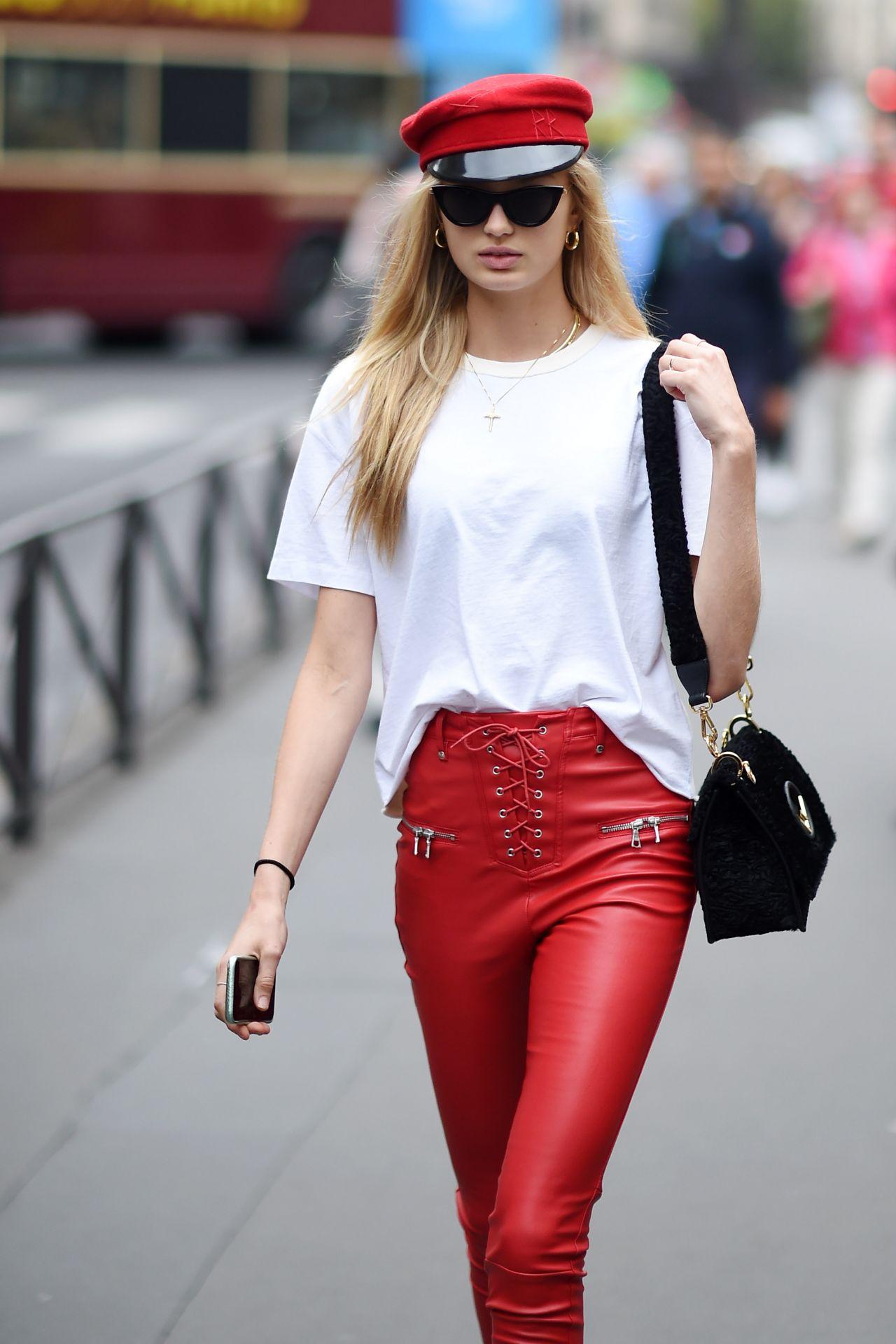 Romee Strijd Paris Fashion Week France 09 28 2017