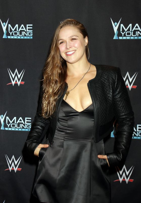 "Ronda Rousey – WWE Presents ""Mae Young Classic Finale"" in Las Vegas 09/12/2017"