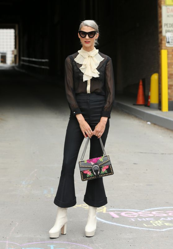 Samantha Angelo – Jonathan Simkhai Fashion Show in NYC 09/09/2017