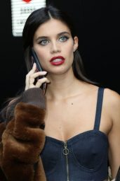 Sara Sampaio – Dolce and Gabbana Show in Milan 09/24/2017