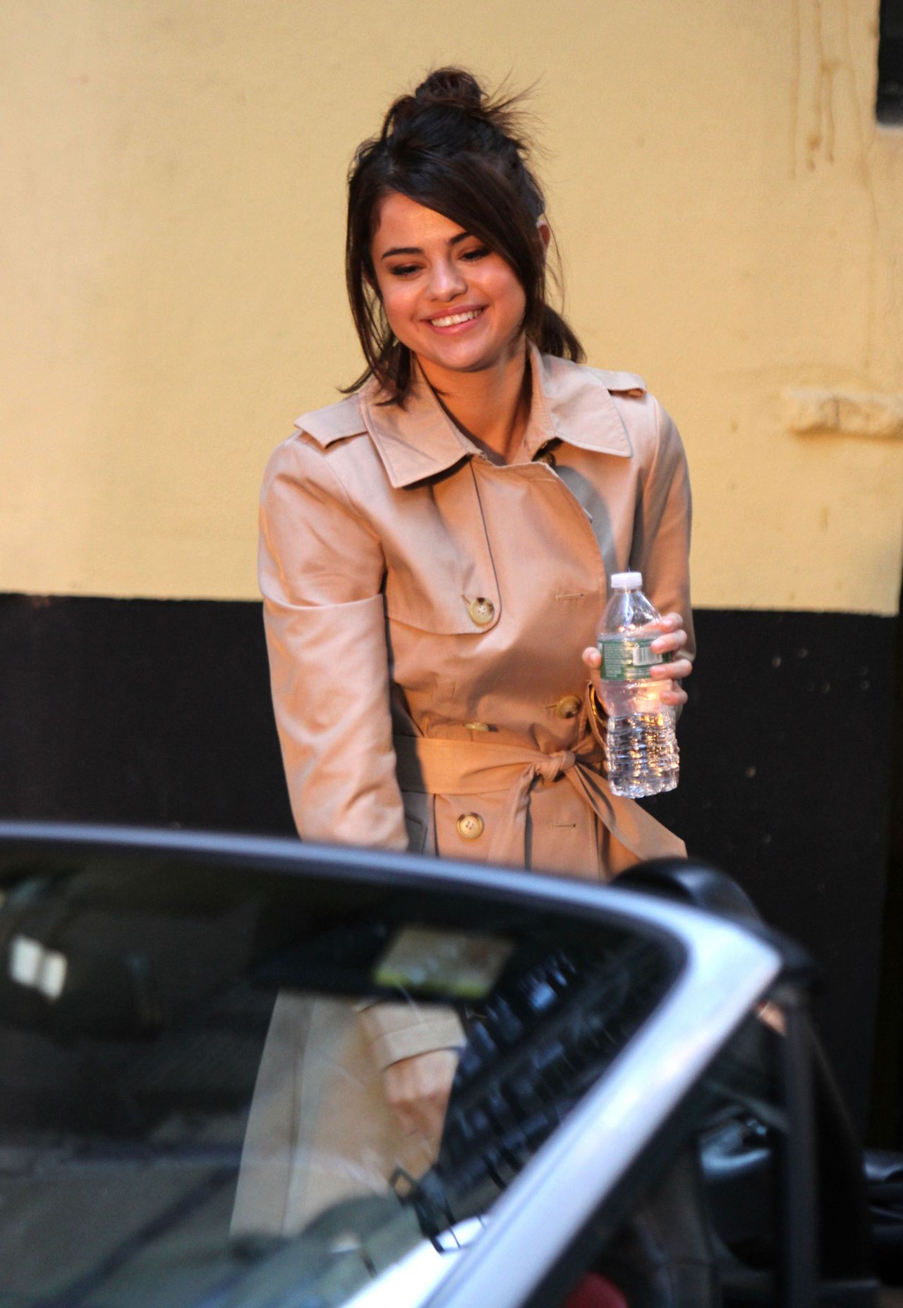 Selena Gomez - On the Set of Woody Allen Movie in NYC 09 ...