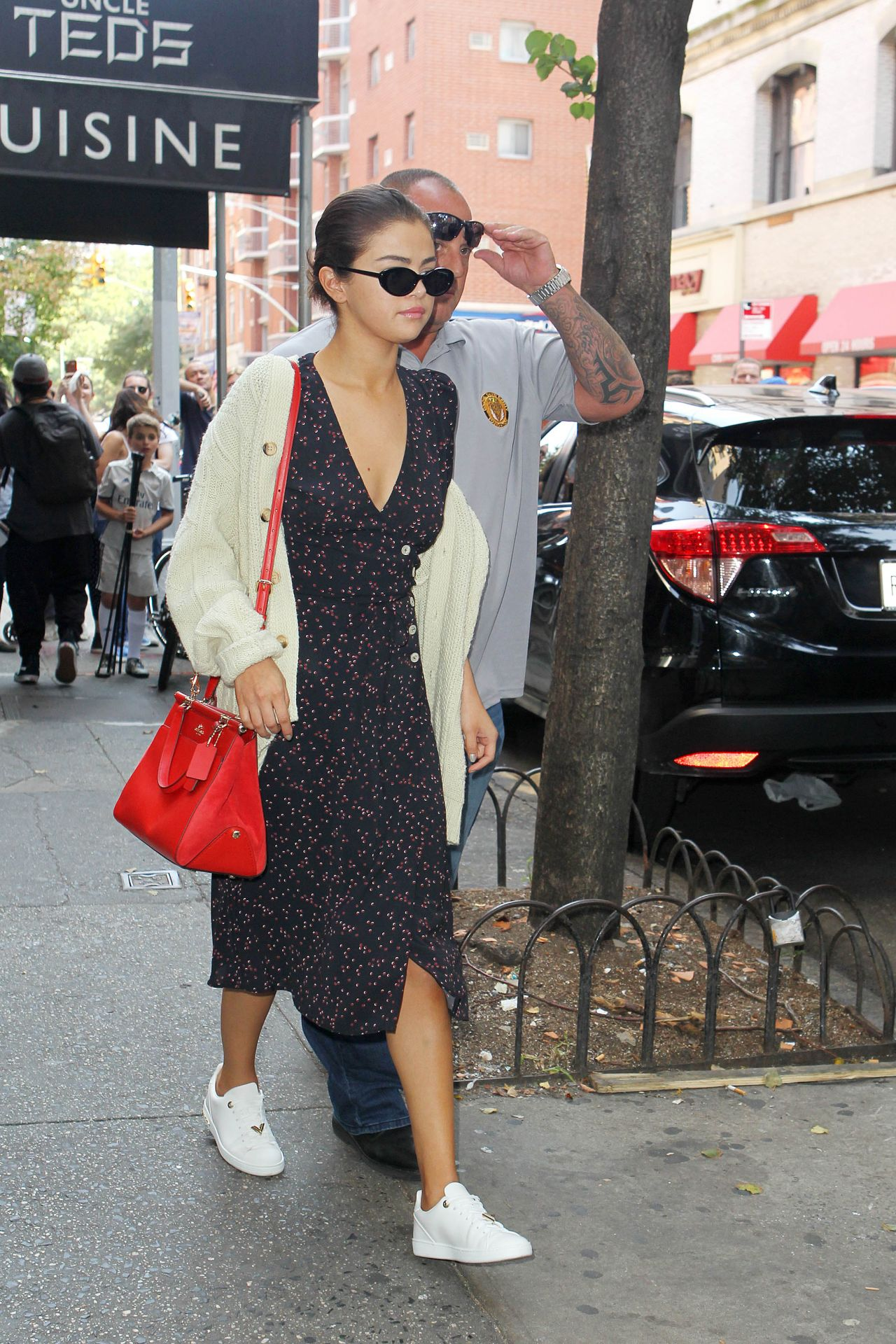 Selena Gomez - Out For Lunch in NYC 09/05/2017