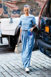 Selena Gomez - Visits 9/11 Memorial in New York 09/24/2017
