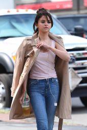 Selena Gomez - Woody Allen Film Set in NYC 09/21/2017
