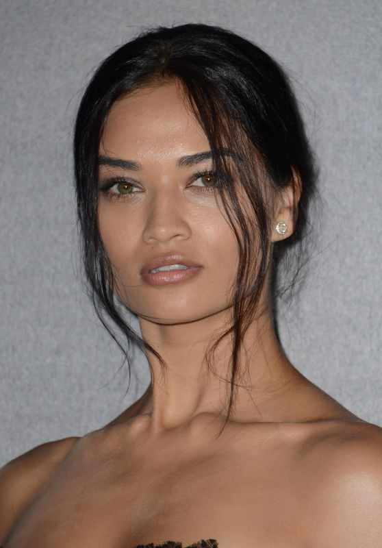Shanina Shaik – amfAR Gala Milano Red Carpet in Milan ...