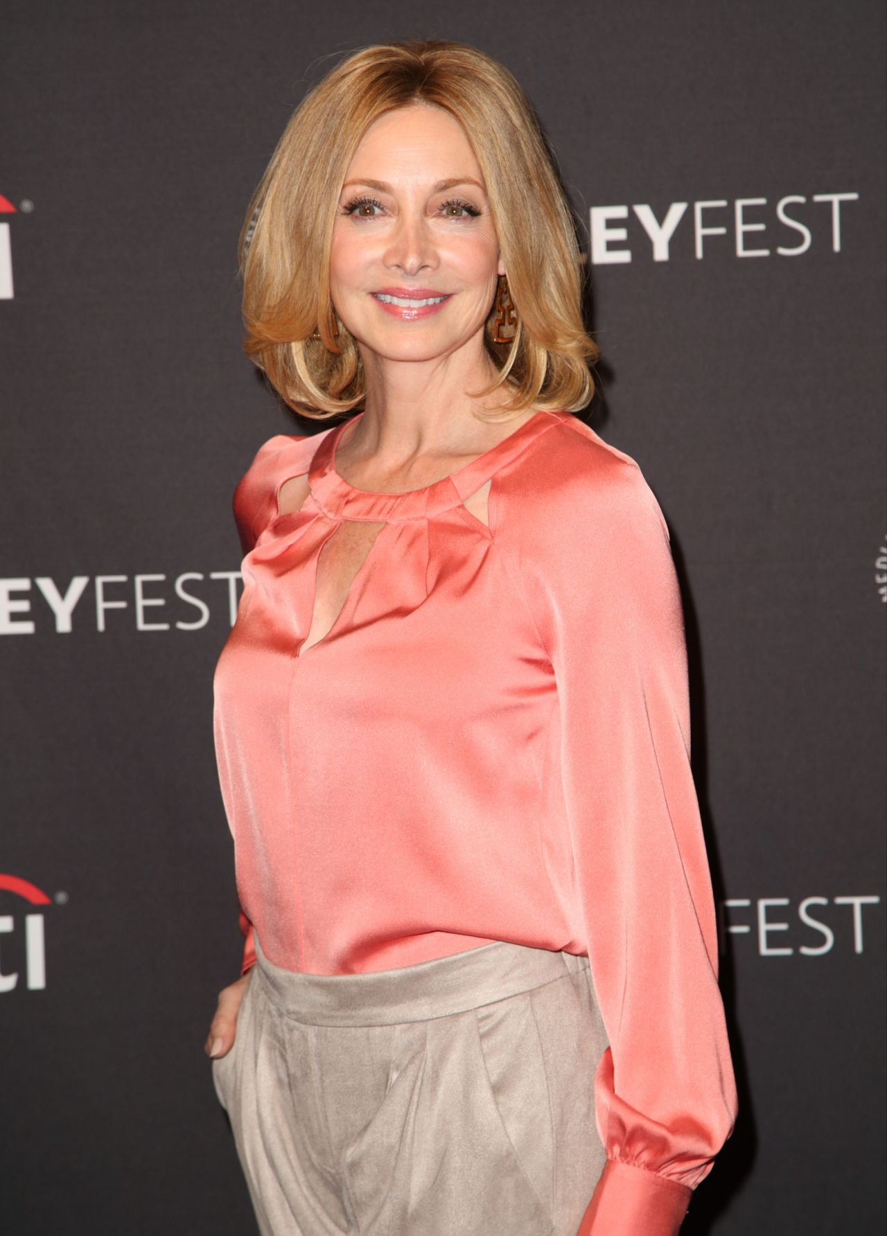 """Sharon Lawrence – """"Me, Myself and I"""" Presentation at the PaleyFest in NY 09/12/2017"""