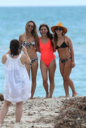 Shiri Appleby in Swimsuit at the Beach in Miami 09/23/2017